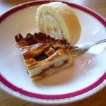 ハッピネスデーリィで振舞われた「Linzer torte」と「セラックロール」