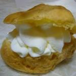 「マルシェひまわり」のシュークリーム