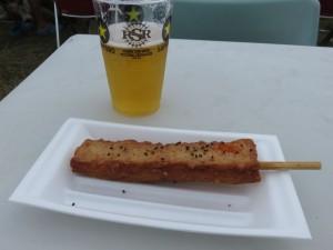 初日にも食べた「大八栗原蒲鉾店」の「お祭り棒天」。