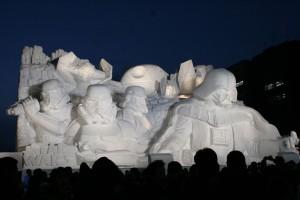 2015年のスターウォーズ雪像。